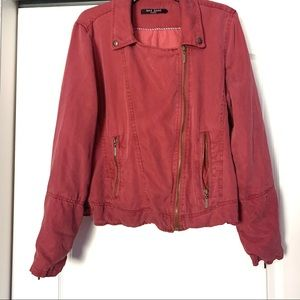 """Max Jeans """"Valley of Fire"""" Tencel Maroon Jacket"""